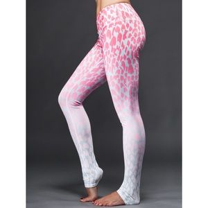 Alo Yoga Airbrush Leggings in Jungle Ombré